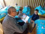 Čtení babiček a  dědečků ve školce
